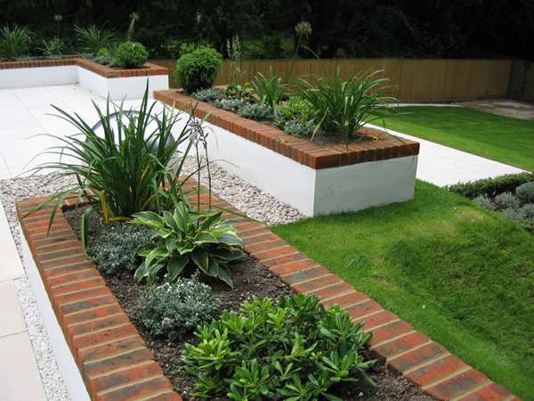 Concept gardens design projects garden design and garden for Split level garden designs