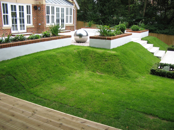 Concept gardens design projects garden design and garden for Small split level garden ideas
